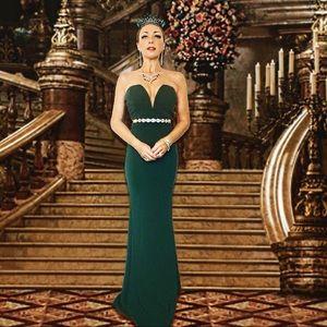 Windsor Emerald Green Deep V Maxi Mermaid Gown